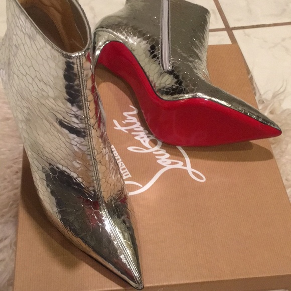 ea50b80750d4 Christian Louboutin So Kate booties  New with tags